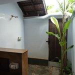 salle de bain semi-ouverte