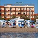 Hotel Tritone Senigallia - dalla spiaggia