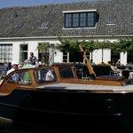Terras en aanmeren met de boot
