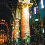 Intérieur de l'abbatiale (une église du 12ème existe non photographiée)