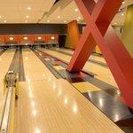 Bowling at the North Palasad