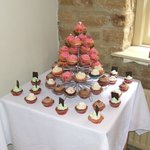 are wedding cupcakes!