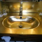 Golden sink the way Klimt would have liked...