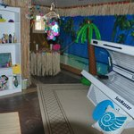 Tanning room available