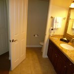 2 bdr Suite - Large Bathroom