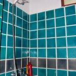 Простенькая ванная комната