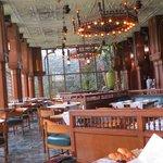 The restaurant sans patrons