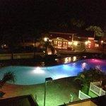 vista de la piscina desde mi cuarto
