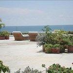 enorme terrazza a Cartagena da dove vedevamo e sentivamo il mare