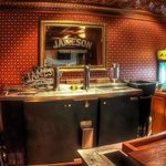 Mother's Tavern - Private Lounge - Private Bar
