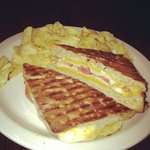 grilled cheese and kettle chips