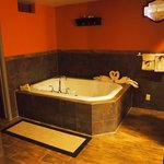 Jacuzzi tub- fits two comfortably