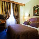 Photo de Hotel Admiral Geneva