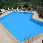Onuncu Köy Hotel , Yüzme Havuzumuz