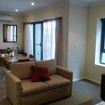 2 BDRM Lounge