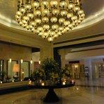 ITC Mughal Sheraton, Agra - lobby