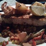 Trawler Seafood Restaurant Foto
