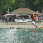 all hands beach resort