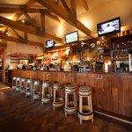 Hickorys Bar