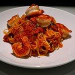 Spaghetti,concassées de tomates de San Marzano,crevettes grillées