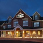 CountryInn&Suites Wausau ExteriorNight