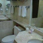 lavamanos y sanitario