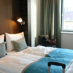 Gemütliches Bett im modernem Design