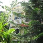 Mango Villa view of house and garden