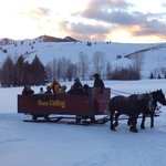 Dinner sleigh ride to Trail Creek Cabin