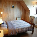 'Cadboll'- Double room with sea views and Luxury bath opposite the room
