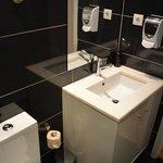 Bathroom Room 3.04