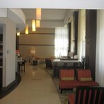 Hotel lobby in front of Bar & Breakfast area