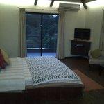 best bedroom with jacuzzi