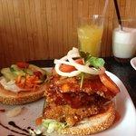 Burger, Ingwer Cocktail und Soja Vanille Shake