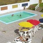 piscina, parrillers, área social