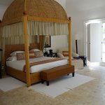 Junior suite, canopy bed