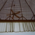Rattan decor, ceiling fan + strong a/c