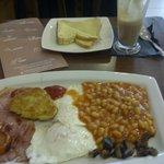 £3.50 11 piece full english breakfast