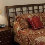 Sir Spencer bedroom 2