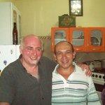 Carlos, con mi esposo...