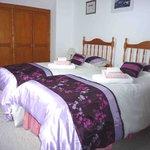 Driftwood Suite - twin bedroom