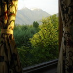 The Oasis Guest House - mountain views