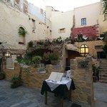 Fotografija – Tholos Restaurant