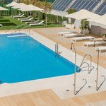 free outdoor pool and solarium