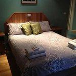 Ellen's cottage - Main bedroom.