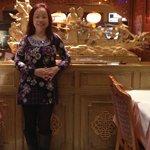 Inside the Hong Kong Restaurant !