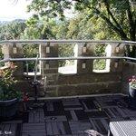 Au sommet de la Tourelle : la terrasse et sa superbe vue