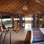 Luxury and comfort in Azuluna Ecolodge