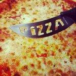 Pizza Margherita + Coltello Pizza!!! :)
