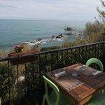 un balcone sul mare